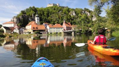 Die Flüsse Naab und Regen laden ein zu einer Bootswandertour. Foto: Erlebnismax.de