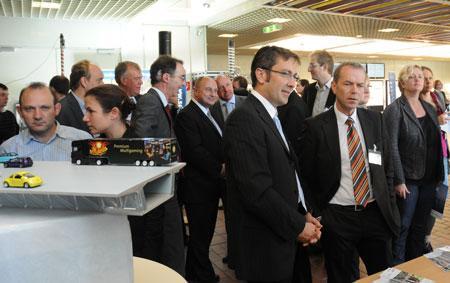 """Rund 150 Fachleute trafen sich am 31. Oktober 2012 in der BASt beim Forschungskolloquium """"Innovationen im Brücken- und Ingenieurbau"""" (Foto: BASt)"""