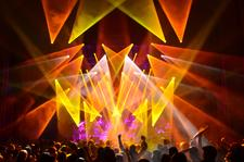 Umphrey's McGee Touring with MAC Viper(TM) , MAC rig