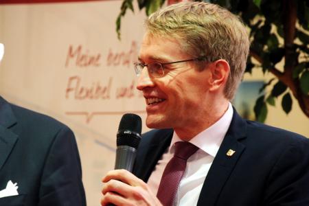 Schleswig Holsteins Ministerpräsident Daniel Günther eröffnete die 10. jobmesse kiel, Foto: BARLAG
