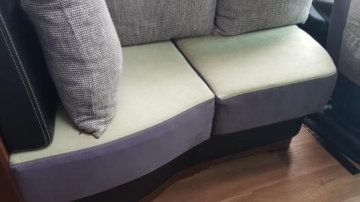 Sitzbänke wie neu dank Schonhussen mit verbesserter Qualität, Foto Polstermacher