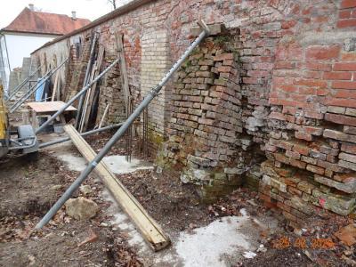 Kloster Irsee: Sanierung der historischen Klostermauer abgeschlossen / Bild: Klaus Zöttl, Augsburg