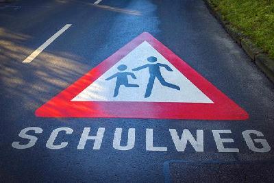 Der KRAFTFAHRER-SCHUTZ e.V. (KS) fordert: Zum Schulbeginn höchste Aufmerksamkeit im Straßenverkehr!