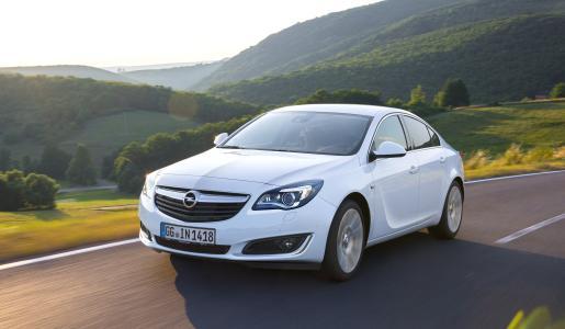 """So spart man heute: Mit dem Insignia und der """"Opel Gewerbe Offensive"""" sinken die Leasingausgaben in 36 Monaten um mehr als 1.400 Euro netto"""