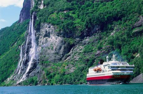 Foto: Karawane Reisen / BFS / Hurtigruten