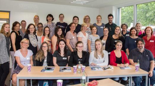 Wie funktioniert das deutsche Gesundheitssystem und welche Ausbildungs-und Studienmöglichkeiten gibt es? Diese und viele andere Fragen erörterten die Gäste aus Brasilien während ihres UAS7-Austausches auch mit Studierenden und Lehrenden der Hochschule Osnabrück