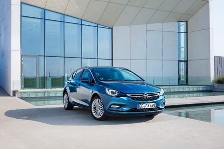 Beeindruckend: Der neue Opel Astra überzeugte die internationale Jury und gehört zu den sieben Modellen, die sich für das Finale zum Car of the Year 2016 qualifiziert haben © GM Company
