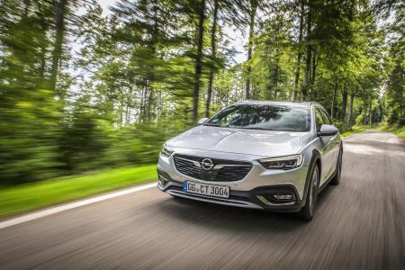 Händlerpremiere für Opel Grandland X