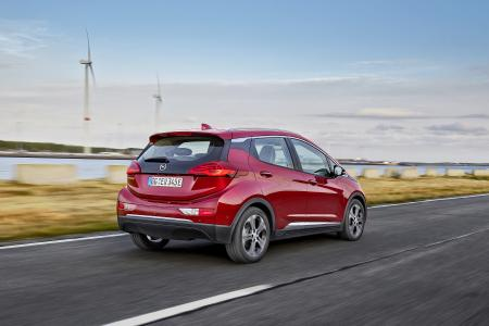Ausdauerndes E-Mobil: Der Opel Ampera-e war im Auftrag des VOX-Automagazins auto mobil unterwegs – und hat mit nur einer Batterieladung exakt 754,9 Kilometer geschafft