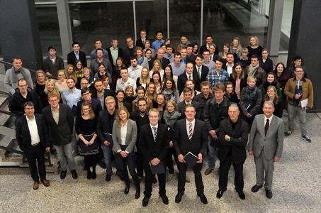 Die Absolventinnen und Absolventen der Fakultät Agrarwissenschaften und Landschaftsarchitektur des akademischen Jahres 2014 (Fotos: Angelika Fey )