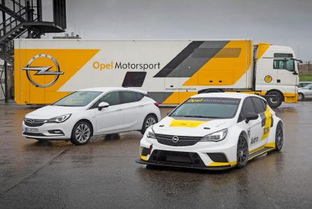 The Astra TCR will be among the highlights when the Opel Test Center opens its gates to the public on September 10