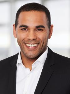 Dominic Cannon ist Vermögensbetreuer im Private Banking der Taunus Sparkasse und leitet künftig das neue Private-Banking-Center in Hofheim