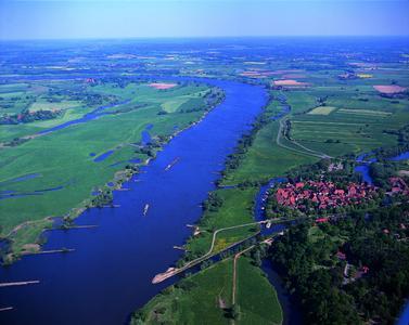Luftbild vom Kneipp-Kurort Hitzacker (Elbe)