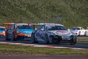 Ähnlich kämpften die beiden Porsche-Piloten Larry ten Voorde (25) und Dylan Pereira (2) im Carrera Cup Deutschland um den Titel - mit dem besseren Ende für ten Voorde