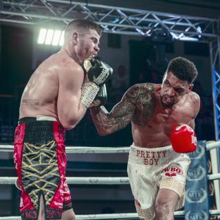 Gallagher (links) und Kiwitt im offenen Schlagabtausch, Quelle: unknown_boxers