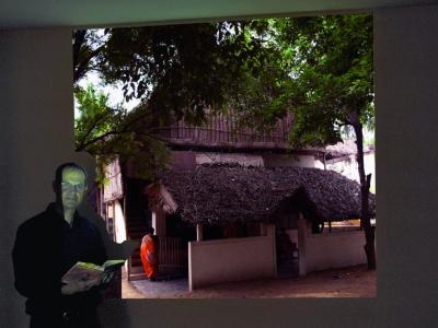 """In zweistündigen Vorträgen berichtet Oliver Drewes in verschiedenen Städten über seine Reisen zu den Palmblattbibliotheken nach Indien, Sri Lanka und Bali und stellt sein Buch """"The Indian Secret"""" vor."""