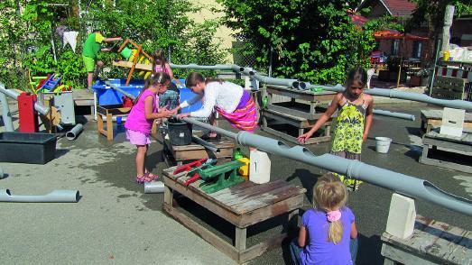 """Spielanlage """"Wasser kreativ erleben"""" (KinderKultur Werkstatt Nürtingen)"""