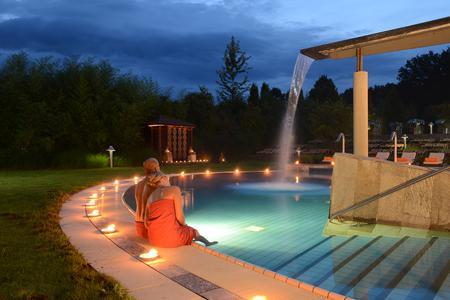 Egal, ob im Freizeitbad, in der Sauna oder im Wellnessbereich: Wasser ist unverzichtbar.