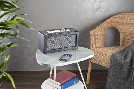 auvisio Mobiler Retro-Lautsprecher mit Bluetooth 4.1 und AUX-Eingang, 40 Watt