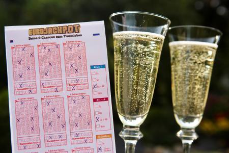 Der zweithöchste Gewinn in der Lotteriegeschichte Dänemarks: Über 49 Millionen Euro erhält ein Eurojackpot-Spielteilnehmer aus der Region Seeland. (c) MünsterView