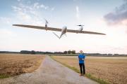 Die Fernerkundungsdrohne TRON des ZALF wird für Forschungszwecke eingesetzt: Im Fokus stehen die Wechselwirkungen zwischen Landnutzung und Klimawandel. Quelle: © Andreas Messner / Quantum-Systems GmbH