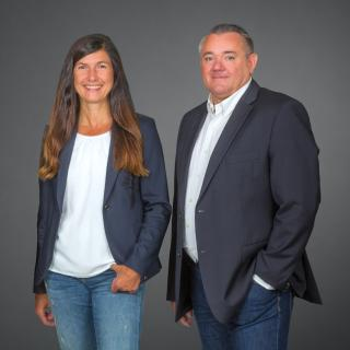 Die Geschäftsführung der GGEW net GmbH: Susanne Schäfer und Karlheinz Knapp (v. l.). Foto: GGEW AG/Marc Fippel Fotografie