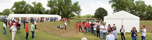 Das internationale Field Robot Event 2014 mit 23 Teams aus 10 europäischen Ländern fand während der DLG-Feldtage in Bernburg statt