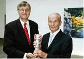 Reinhard Mohn erhält den Deutschen Gründerpreis 2007