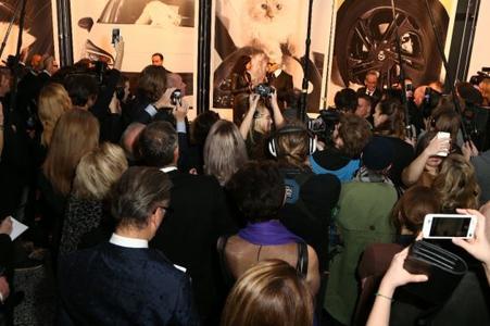 """Medienrummel: Das Interesse an der Ausstellung """"Corsa Karl und Choupette"""" war sehr groß"""