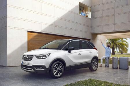 Urbaner Crossover: Höchst flexibel, mit viel Platz und stylishem Zweifarb-Design überwindet der neue Opel Crossland X Grenzen