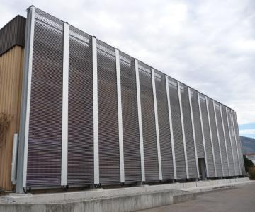 Solarthermie Anlage zur Prozesswärmegewinnung mit 2520 df Voll-Vakuumröhren