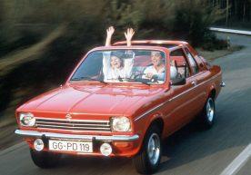 Die Youngtimer-Rallye Creme 21 macht in Rüsselsheim Station. Mit dabei auch zahlreiche Fahrzeuge von Opel Classic wie zum Beispiel der Opel Kadett C Aero