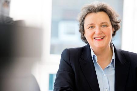 Prof. Dr. Friederike zu Sayn-Wittgenstein erhält den Deutschen Pflegepreis 2016