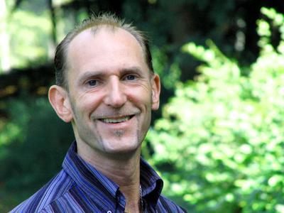 """Andreas Winter ist Diplom-Pädagoge und Autor der erfolgreichen Ratgeber-Reihe """"Der Psychocoach""""."""