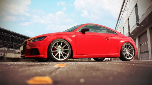 Barracuda Racing Wheels: Audi TT 8S mit Barracuda Ultralight Project 2.0