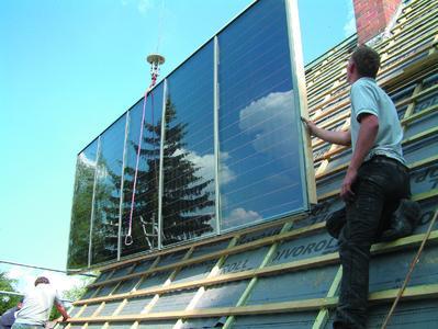 Auch die Solartechnik gehört zum Dachdeckerhandwerk