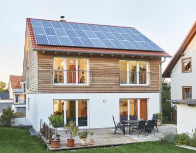 auf dem land das eigene energiesparhaus gebaut weberhaus gmbh co kg pressemitteilung. Black Bedroom Furniture Sets. Home Design Ideas