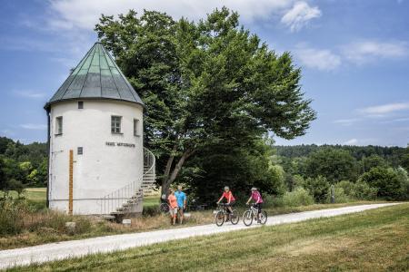 1)Am Fünf Flüsse Radweg im Naabtal / Fotograf: Florian Trykowski