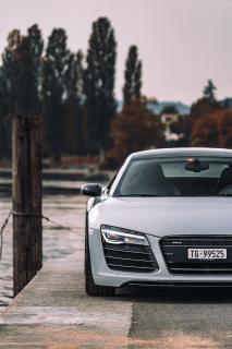 Cor.Speed Sports Wheels Europe: Cor.Speed Kharma in Sondergröße am Audis Mittelmotor-Sportler R8
