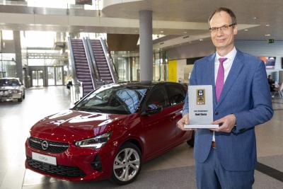 "New Opel Corsa Wins ""Connected Car Award"""