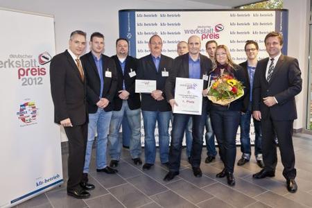 1. Platz des Deutschen Werkstattpreises 2012: Das Team von Fahrzeugtechnik Gembe