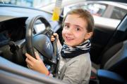 """Großartiger Start ins Jubiläumsjahr: Kunden und Geschäftsführung treffen sich zum """"Angrillen bei Opel"""""""