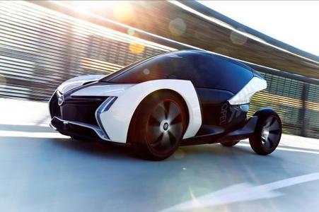Zukunftsweisend: Experimentalfahrzeug RAK e erlaubt Fahren ab 16