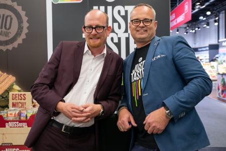 Just Taste GmbH - Wir bringen Umweltschutz, Gesundheit und Farbe auf den Teller