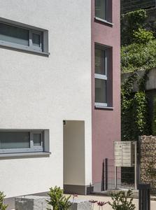 Eine Wärmedämmung, die die Anforderungen der Energieeinsparverordnung erfüllt, ist ein Kriterium und mehreren, für die sich Immobilieninteressenten interessieren, Foto: Caparol Farben Lacke Bautenschutz/Martin Duckek