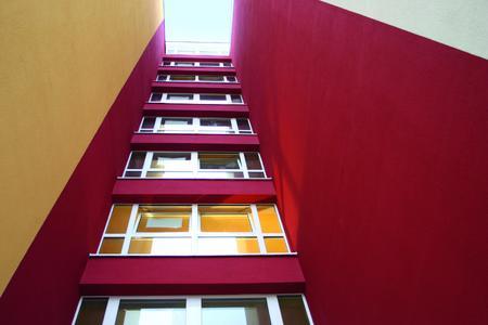 Tonangebend beim Fassadenschutz: Die Nano-Quarz-Gitter Technologie überzeugt durch kräftige, brillante Farben