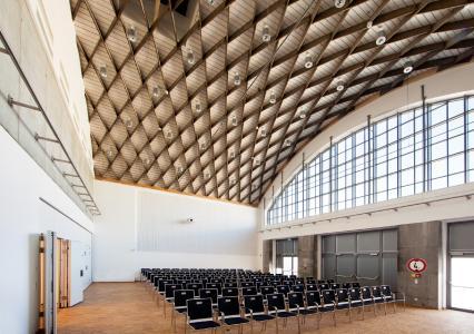 Das neue marinaforum Regensburg bietet auf 4.600 Quadratmetern Platz für nachhaltige Veranstaltungen. Foto: obx-news/Regensburg Tourismus GmbH/Hans Bauer