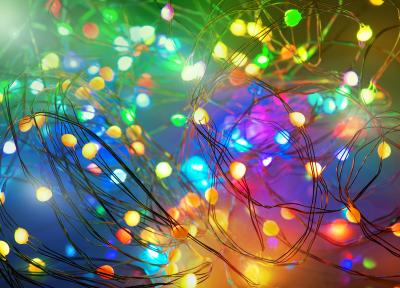 Luminea Home Control  RGB-LED-Lichterdraht mit Musik-Steuerung, WLAN und App, USB, 10 m