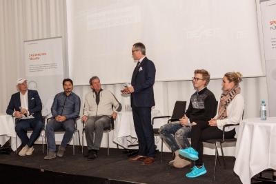 BEMER Sportkongress in Wien. V.l.n.r: Axel Schulz, Ivica Vastic, Karl Cordin, Peter Heyer (stehend), Jeremy Feist und Alina Heyer (Foto: Birgit Naimer)