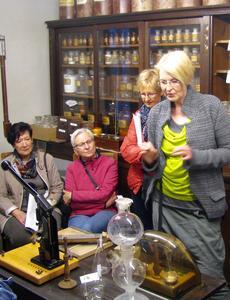 In liebevoller Kleinarbeit ist in Sulzbach-Rosenberg ein Apothekenmuseum entstanden, das die Geschichte der vergangenen 500 Jahre erzählt. Foto: obx-news/Lommer
